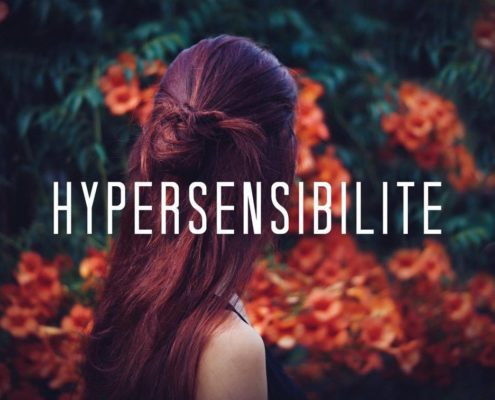 hypersensibilite, fille, rouge, fleurs